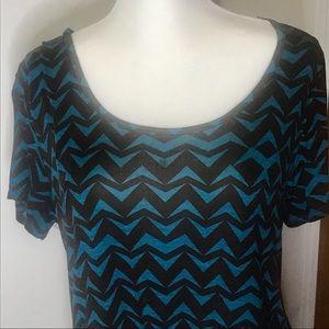 LuLaRoe short sleeve T-shirt